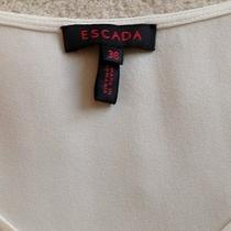Escada Top Photo