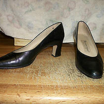 Etienne Aigner - Size 6 M - Leather Pumps - Heels (Black) Photo