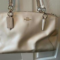 Euc Coach Christie Carryall in White Cream Crossgrain Leather F36606 Purse Bag Photo