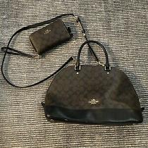 Euc Coach Purse / Bag and Matching Wallet. Only Used a Few Times. black&brown Photo