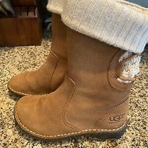 Euc Little Girls Size 11 Ugg Boots  Photo