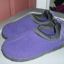 Euc Slip on Purple Fleece Indoor/outdoor Slippers From Avon Photo