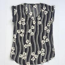 Express Black and Cream Floral Blouse Size Small Cuff Sleeves v-Neck Photo