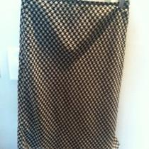 Express - Black/white Houndstooth Print Skirt Photo