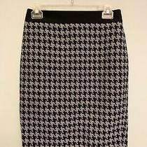 Express Black Womens Houndstooth Pencil Skirt Size 4 Academia Black and White Photo