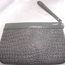 Express Design Studio Handbag Photo