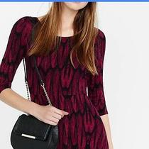 Express Red Feather Print Scoop Neck Mini Dress Photo