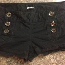 Express Shorts Black Photo