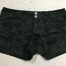 Express Size 8 Black/gray Floral Pattern Flat Front Shorts Photo