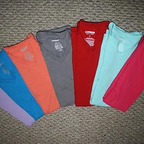 Express v-Neck Bundle (Sz. s) Photo