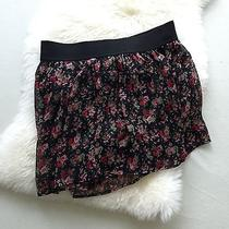 Express Women's Floral Mini Skirt Shorts Photo