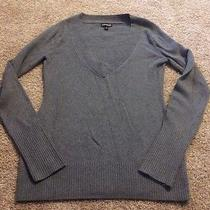 Express Women's Gray Knit v-Neck Sweater Size Large Photo