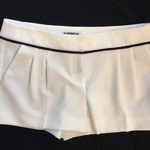 Express Women's White Shorts Size 4 Photo