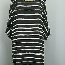 Express Womens Size S (42) Black & White Cold Shoulder Shirt Dress 223-21121 Photo