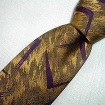 Fabulous Gianni Versace Gold Purple v Insignia Geometric 100%  Silk Tie Photo