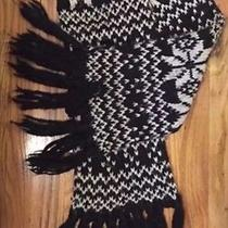 Fair Isle Black and White Knit Scarf Forever 21 Photo