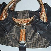 Fendi Zucca Spy Bag Wonderful Great Price Photo