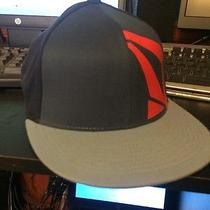Fitted Volcom Hat Photo