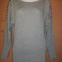 Fleurish Sm Gray Long Sleeve Knit Top  Photo
