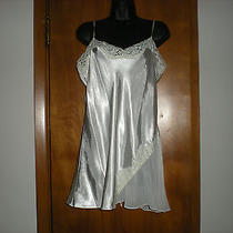Flora Nikrooz White Chemise Nightie - Size Large Photo