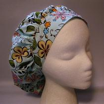 Floral on Pale Aqua/mint Green Background Bouffant Surgical Scrub Hat Photo