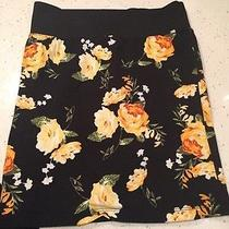 Forever 21 Floral Fitted Skirt Size Small Photo