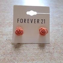 Forever 21 Small 3d Pink Orange Flower Stud Earrings Cute Charm Elegant Blossom Photo