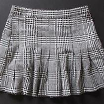 Forever 21 Us Size 26 Black and White Houndstooth Pleated Mini Skirt Photo
