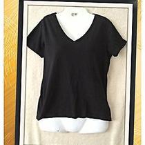 Forever 21 Womans Black T Shirt Size Medium v Neck Photo