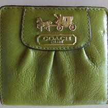 Fossil Avocado Green Distressed Leather Wallet Photo