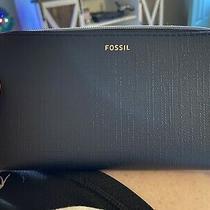 Fossil Black Zip Around Wallet Photo