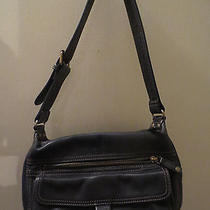 Fossil Brand Purse Metal Rings Lots of Pockets in Excellent Condition Photo