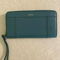 Fossil  Clutch Wallet in Blue Genuine Pebbled Leather  Photo