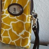 Fossil Coated Canvas Leather Trim Maddox Keyper Cell Phone Wristlet Wallet Photo