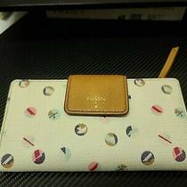 Fossil Cream and Colorful Polka Dot Bifold Vintage Wallet Issue No. 1954 Photo