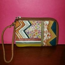 Fossil Genuine Brown Leather Floral Patchwork Stitched Wristlet Wallet-Guc Photo