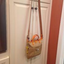 Fossil Gorgeous Cross-Body Bag - Perfect for Fall... Super Cute  Euc  Photo