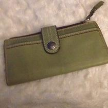 Fossil Green Leather Wallet Photo