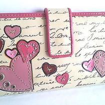 Fossil Heart Leather Wallet Photo