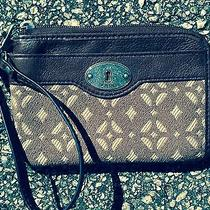 Fossil Key-Per Cell Phone Wristlet Wallet Photo