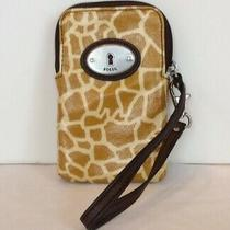 Fossil Key-Per Wristlet Wallet Organizer Coated Canvas Yellow Giraffe Print Photo