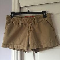 Fossil Khaki Solid Brown Flat Front Shorts - Size 4 - 100% Cotton Photo