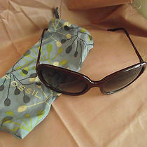 Fossil Ladies Sunglasses With Matching Fossil Bag Photo