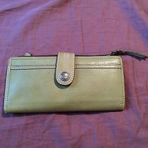 Fossil Leather Wallet-Green Photo