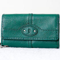 Fossil Maddox Fir Green Iphone Phone Holder Leather Wallet Wristlet Photo