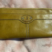 Fossil Maddox Leather Zip Around Clutch in Camel Photo