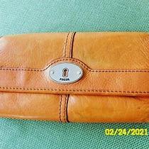 Fossil Maddox Orange Leather Trifold Flap Clutch Wallet Organizer Photo
