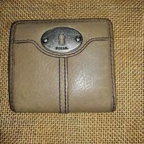 Fossil Maddox Taupe Leather Bifold Wallet Excellent  Photo