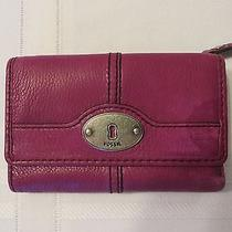 Fossil Maddox Trifold Fuchsia/ Purple Pebbled Leather Wallet Key Hole Photo