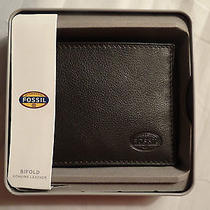 Fossil Men's Genuine Leather Wallet Father Card Holder Gift Husband Brother Photo
